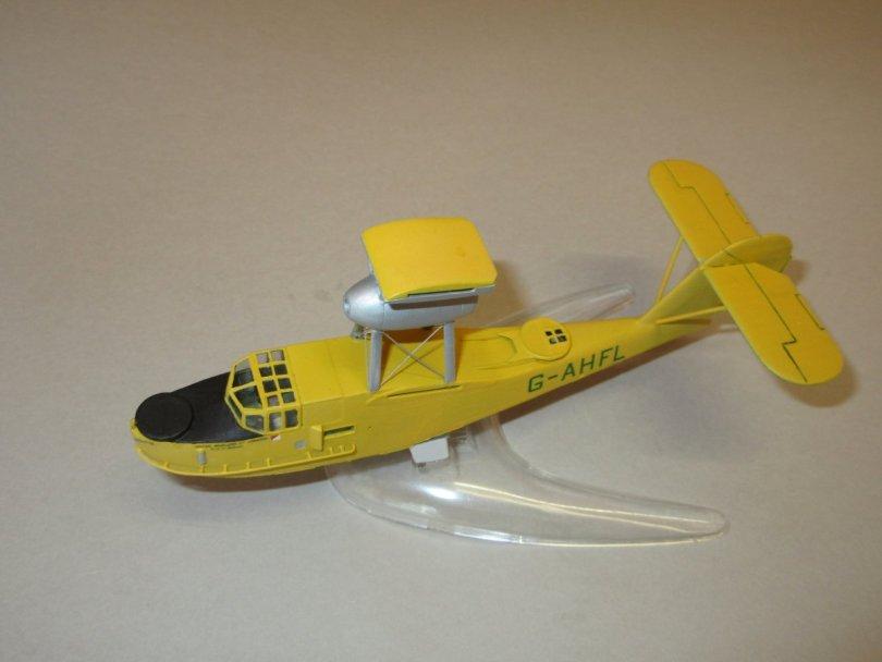 Revell 1/72 Supermarine Walrus fuselage decals port