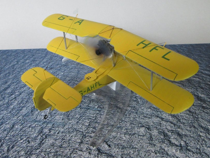 Revell 1/72 Supermarine Walrus completed 7