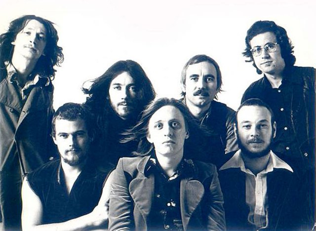 Jess Roden Band (Jess Roden - center) - One of the unsung heroes of 70s Rock n' Soul.