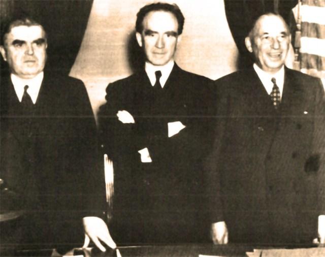 (L-R) - John L. Lewis (CIO) - Gov. Frank Murphy (D-Mich.) - Walter Chrysler - the uneasy truce of 1937.