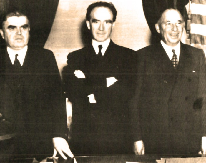 (L-R) - John L. Lewis (CIO) - Gov. Frank Murphy (D-Mich.) - Walter Chrysler - the uneasy truce of 1937.