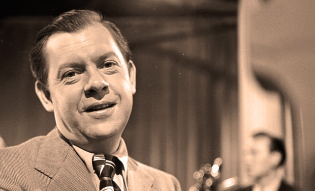 Claude Thornhill - even the Big Band era had its fair share of shamefully neglected and needlessly overlooked.