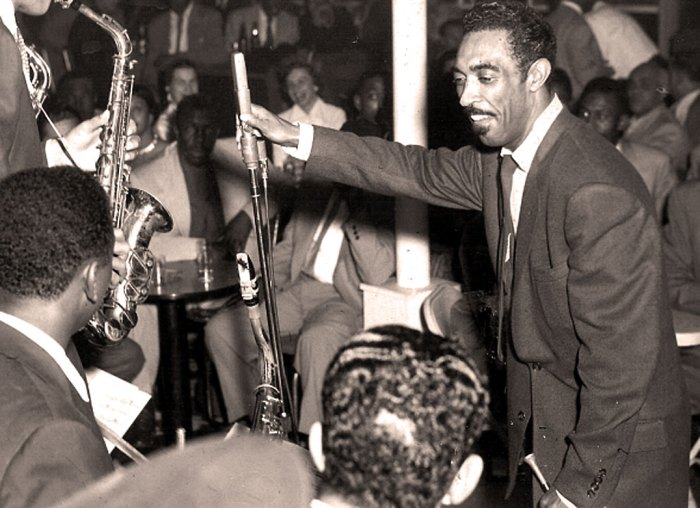 Gerald Wilson - leading an orchestra of giants in 1950.