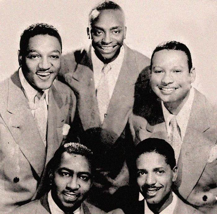 The Charioteers - Forerunners of doo-wop.