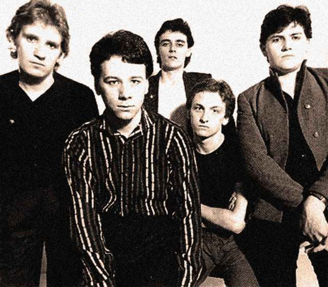 Simple Minds -  The first album - the growing pains.