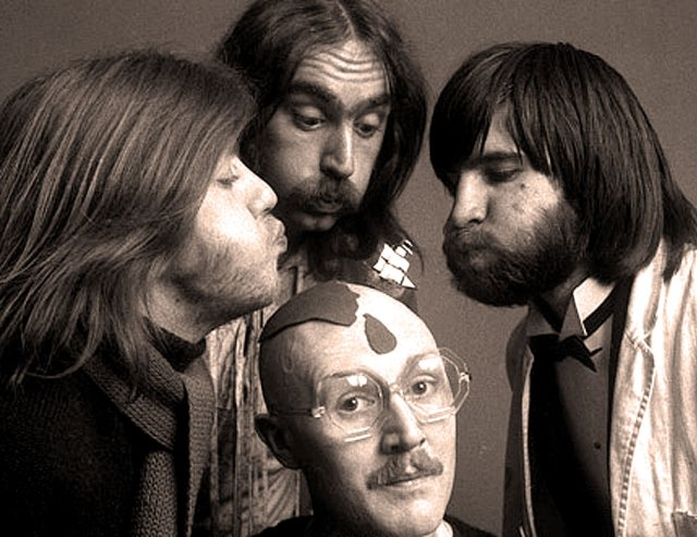 Vivian Stanshall's Big Grunt - proof there was room for Dada in Rock n' Roll.