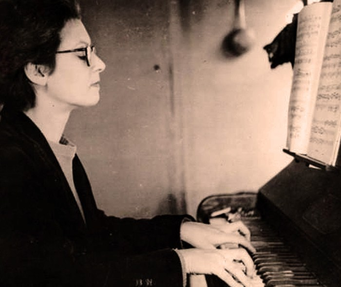 Elsa Barraine (in 1940) - one of the true bright lights in Modern French music.