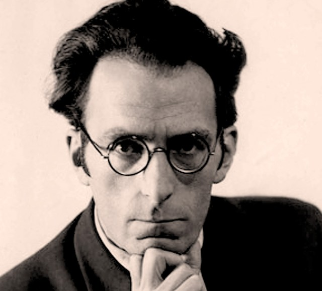 Roger Vuataz - distinguished Swiss composer, organist, educator and broadcaster. You've never heard of him? Shame on you.