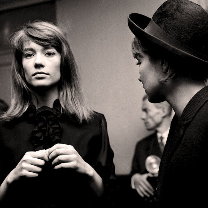 Francoise Hardy - The dreamy voice other dreamy voices aspire to.
