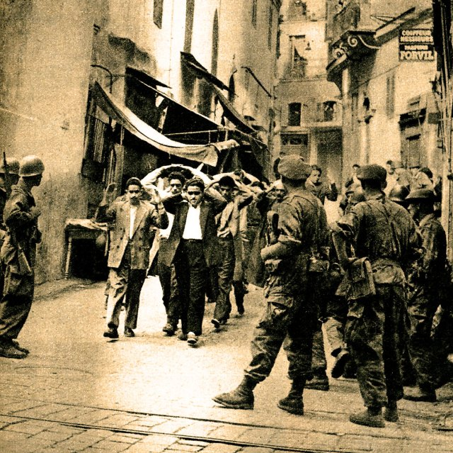 French soldiers in Algiers
