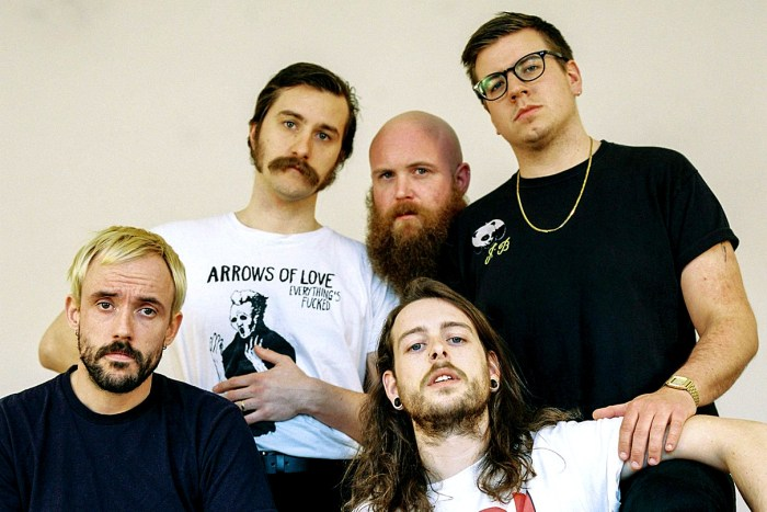 Idles in session 2018