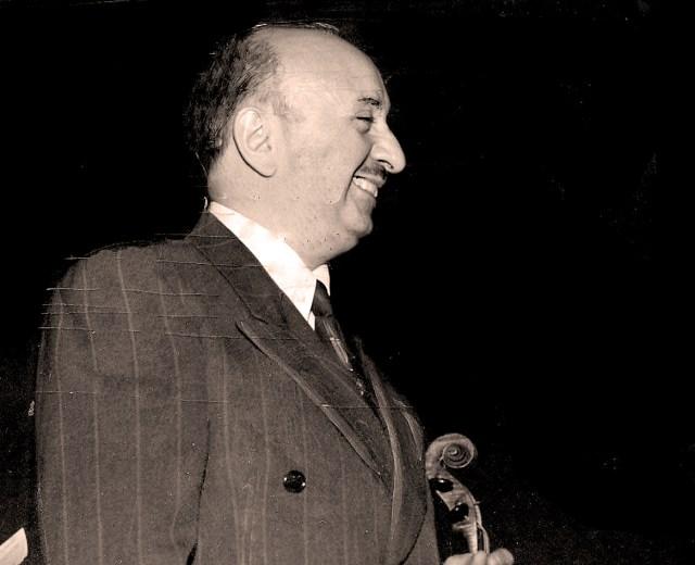 Henri Nosco conducts music of John Parsons Beach