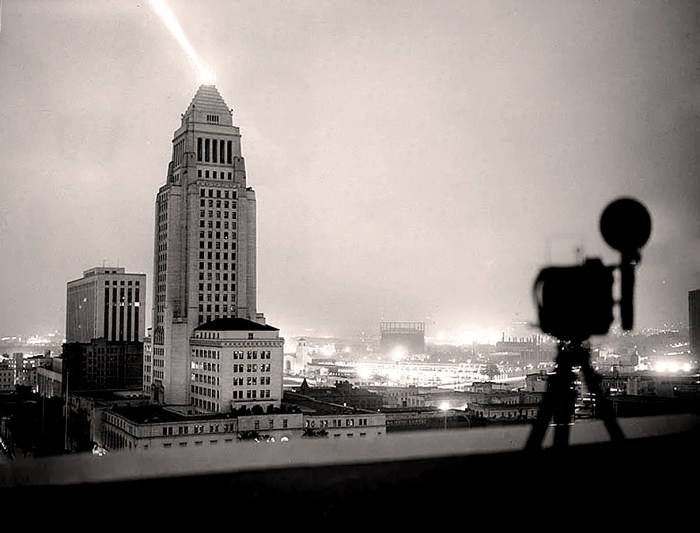 Los Angeles - Atomic Dawn - 1952