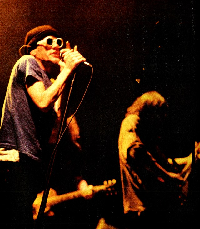 R.E.M. - In Concert from Keynes Stadium - July 1995