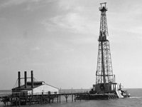 Shallow Water Derrick Drilling in Lake Barrie… 1930s