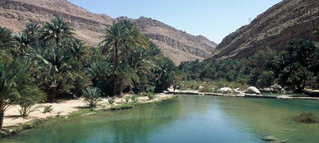 """Ye haseen wadiyan... ye khula aasman..."" (Oh! These enchanting valleys... these boundless skies...) [Photo courtesy: http://www.omantourism.gov.om/]"