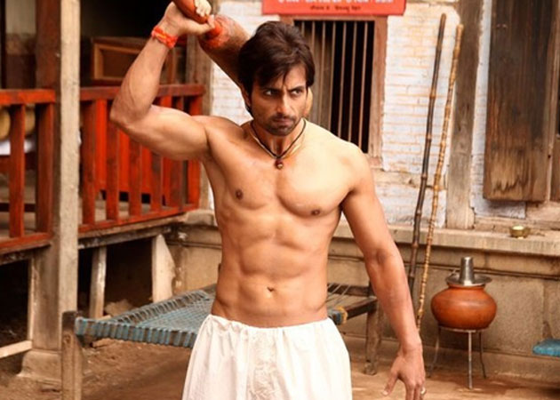 Sonu in Dabangg (Pic courtesy: movies.ndtv.com)