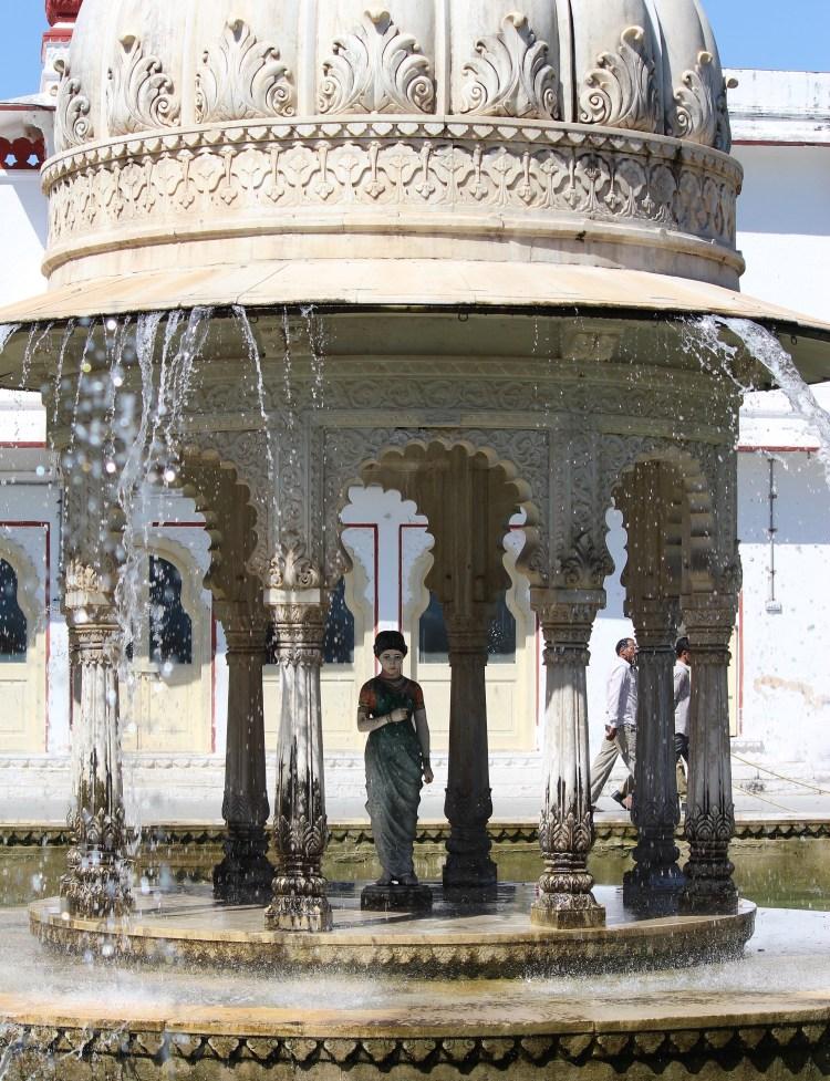 Fountains at Saheliyon-ki-Bari