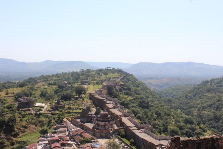 Kumbhalgarh Fort - the second longest wall in the world!