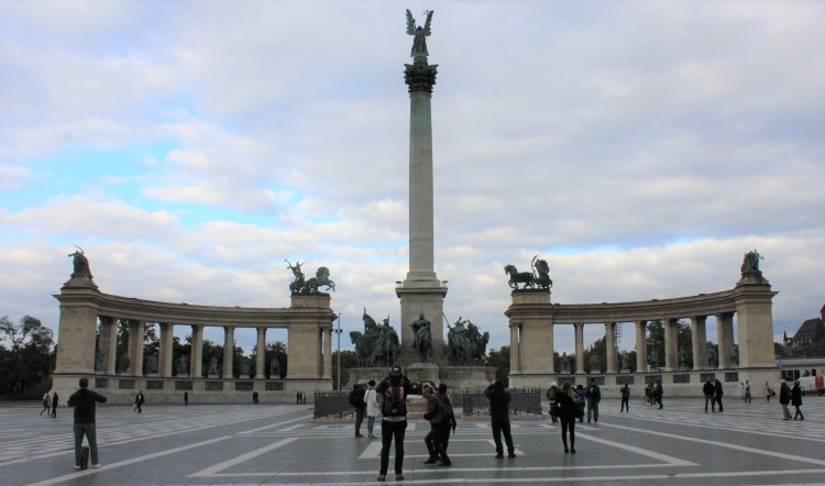 Hősök tere (Heroes' Square) recognizes the founders of Hungary