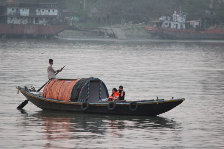 How long can one sail alone or only with those one has already known? (I watch tourists take a shikara ride in Kolkata's Prinsep Ghat)