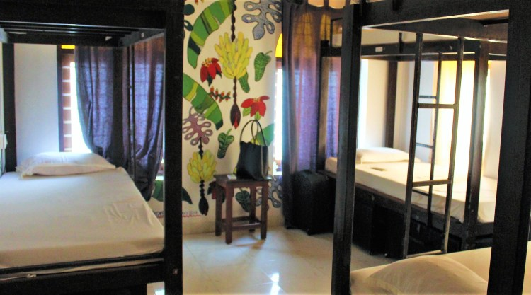 The girls' dorm with 3 bunk beds is a cosy room.