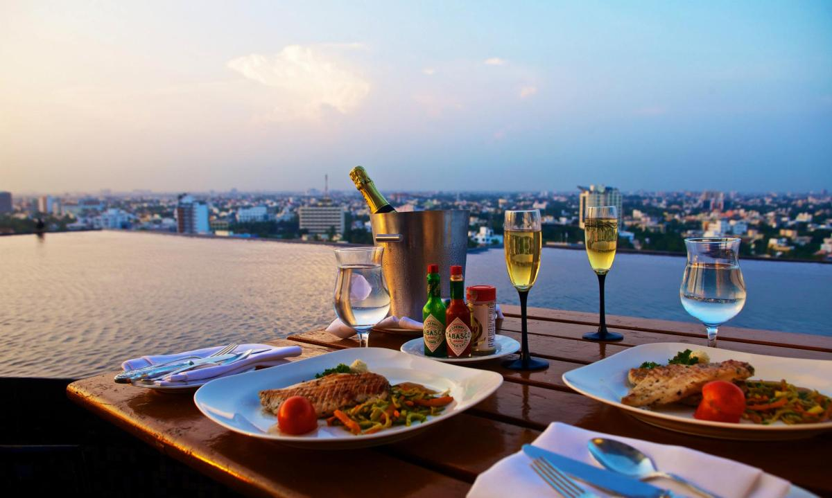 11 Beautiful Rooftop Restaurants in India to Indulge Your Senses