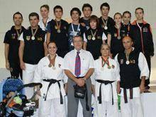 Karatecas do distrito sagraram-se campeões         do mundo