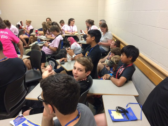 Crowded certamen room