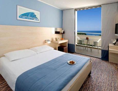 hotel_valamar_diamant-600x464