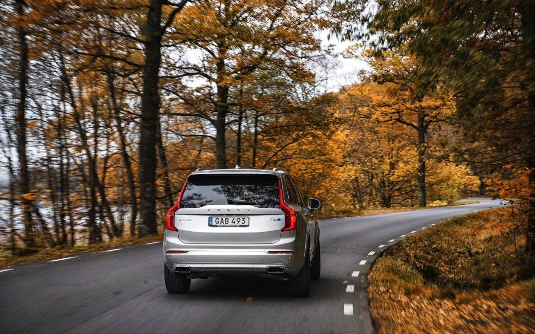 Volvo anuncia que dejará de construir motores que solo empleen gasolina