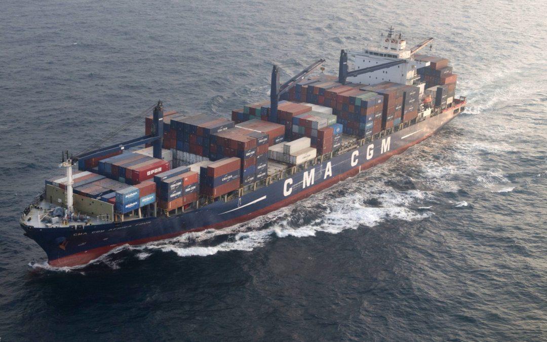 De cómo el transporte marítimo busca reducir su estela en el mar