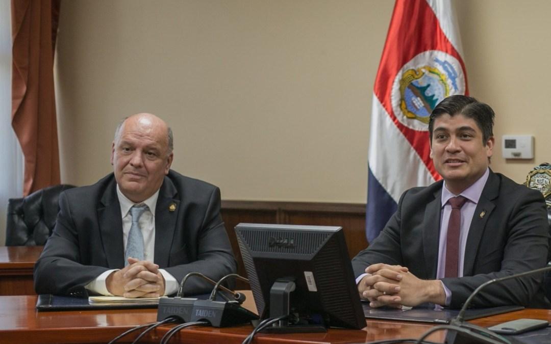 """Ministro de la Presidencia, Rodolfo Piza Piza: """"Haremos todo lo que sea razonable (para traer la cumbre del clima a Costa Rica)"""""""