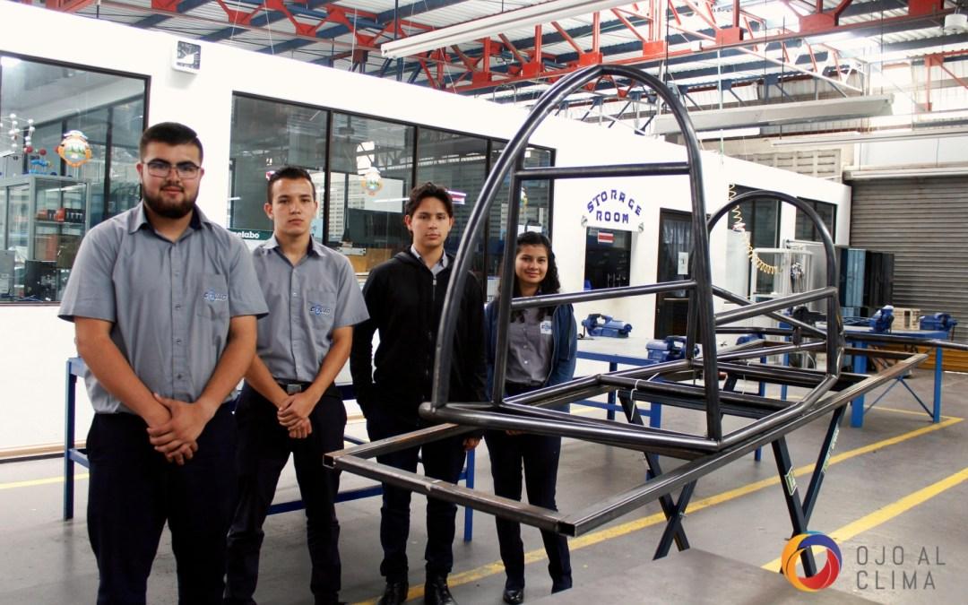 Estudiantes de secundaria construyen vehículos cero emisiones en 26 colegios técnicos