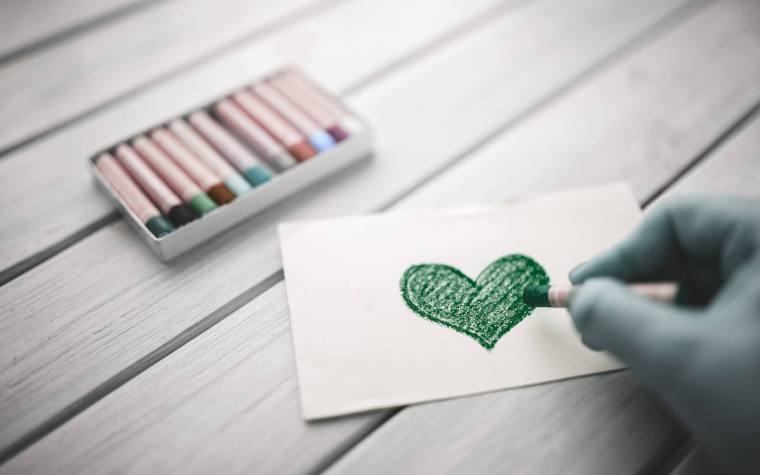 Bolígrafo verde en eLearning