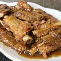 Costillas de cerdo en salsa