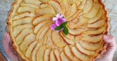 Tarta de manzana con hojaldre
