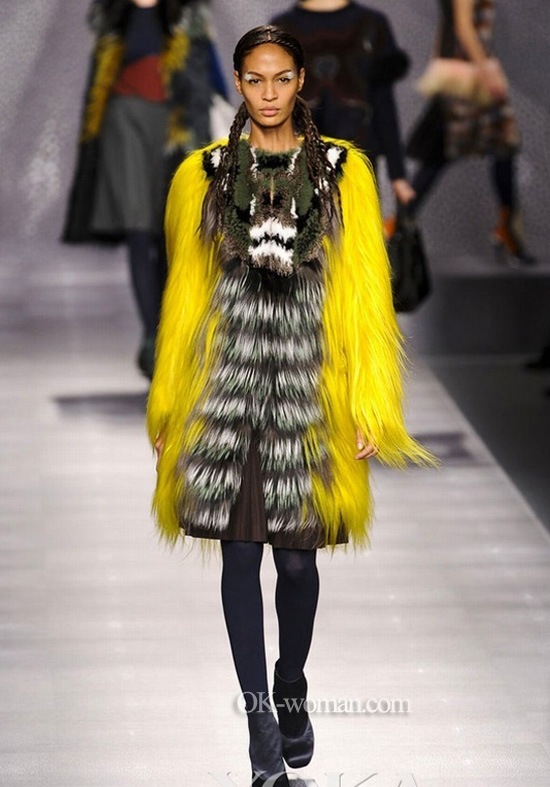 Yellow fur jacket, fur skin coat pelage Fendi
