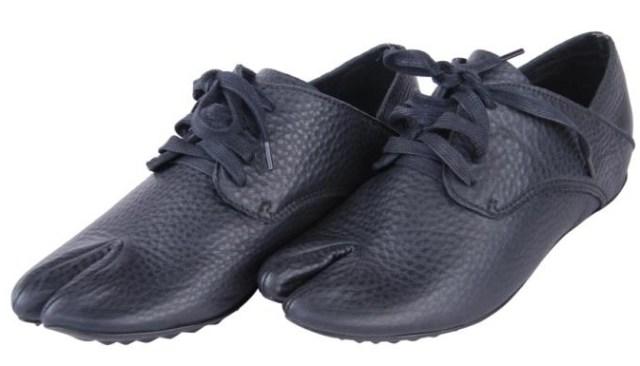 Most comfortable shoes for men. Hallux Valgus