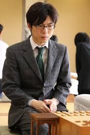 横山泰明(将棋棋士)六段の妻や...