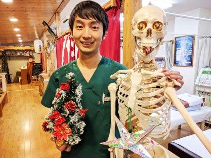 骨模型もしっかりデコレート