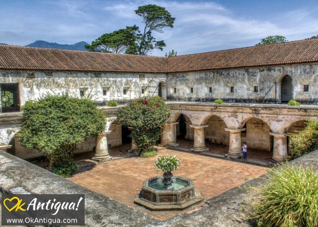Capuchinas convent courtyard