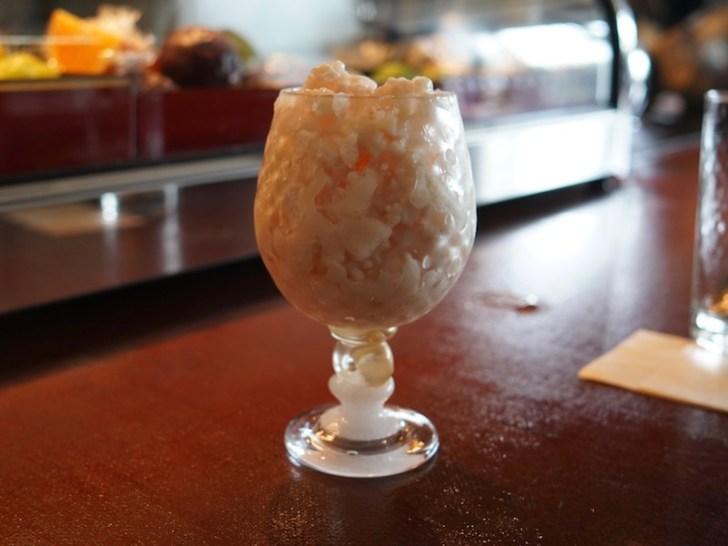 【華伝座】桃の液体窒素カクテル