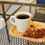 【THE KISSA FUJI】ホットコーヒーと焼き菓子