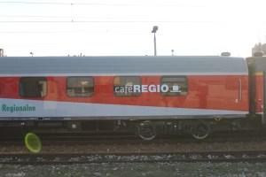 8222706_wagon-caferegio
