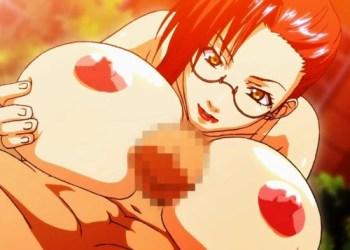 【エロアニメ】貧乳JKの目の前でメガネ女教師が巨乳パイズリ寝取りプレイ!?