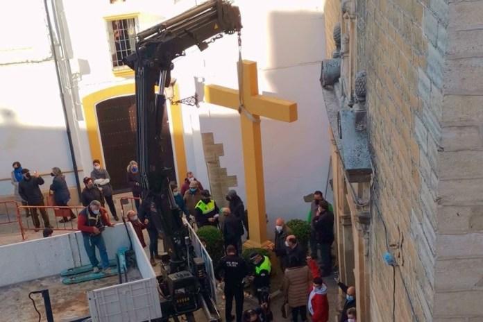 Resultado de imagen de cruz aguilar