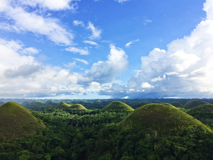 Chocolate hills and cloudporn.