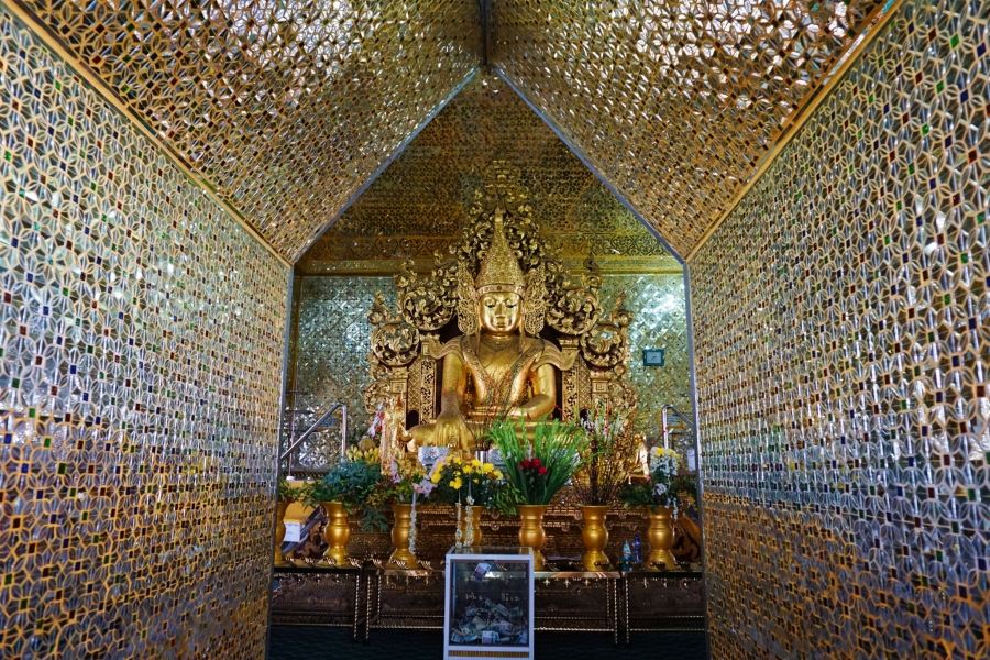 Buddha image, pagoda, Mandalay, Myanmar, Buddhism