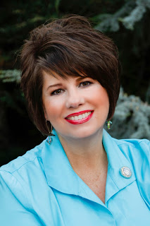 MuskogeePolitico:  Bunny Chambers endorses Cathy Costello